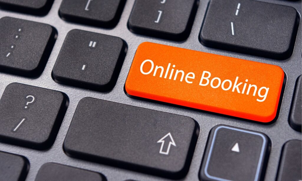How to make an Online Booking (for outdoor courts)